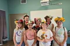 School-Holiday-Program-Make-your-own-flower-Crown-in-Moranbah-April-2021-2