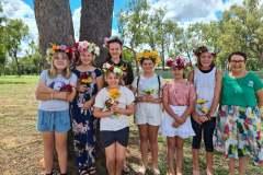 School-Holiday-Program-Make-your-own-flower-Crown-in-Moranbah-April-2021
